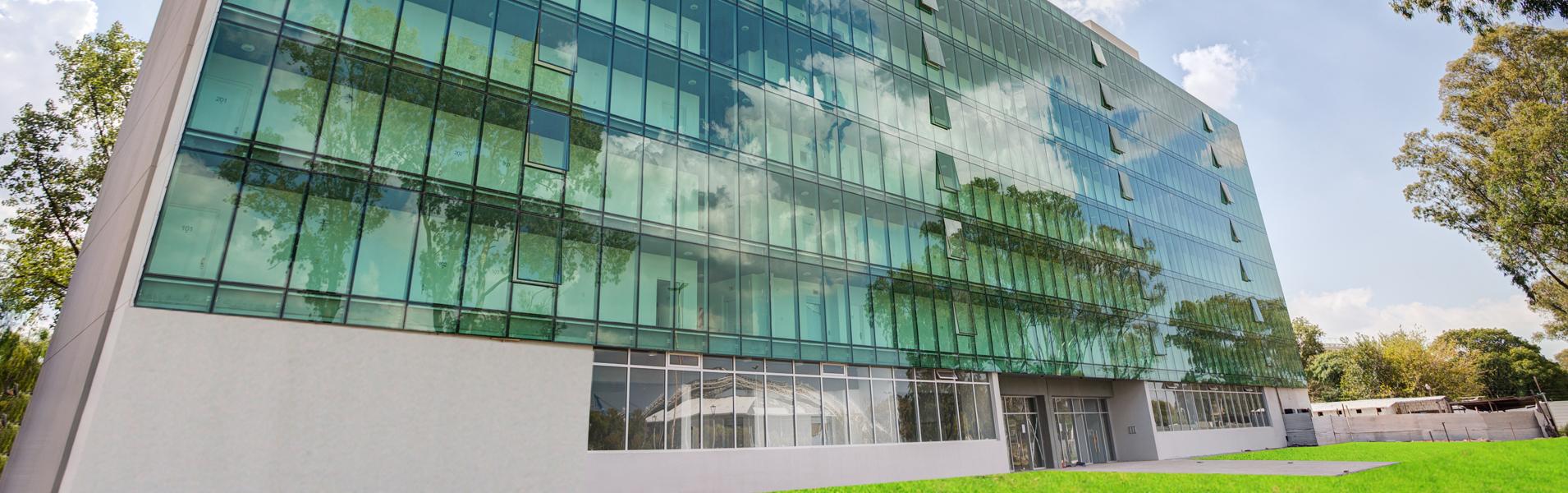 Obras Villa Building Header