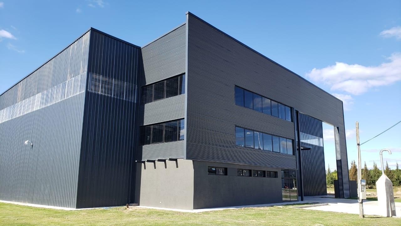 Parque Industrial Buen Ayre – CARPEAL Building