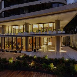Donna Terra - CARPEAL Building